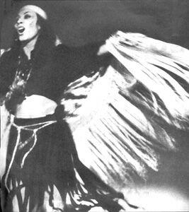 """Roma. (Al centro) Monica Miguel in una scena di """"Orfeo 9"""", di Tito Schipa Jr. con la collaborazione di Alberto Dentice, Mario Fales e Giovanni Ullu."""